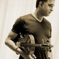 Ashan_Pillai_profesor de Viola